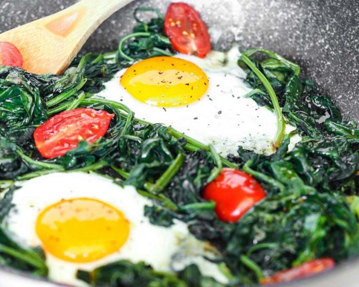 Αυγά με σπανάκι
