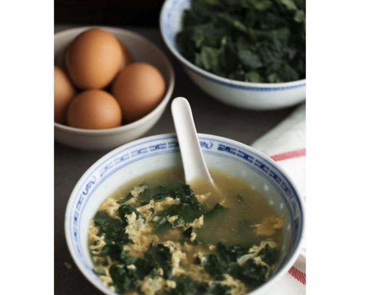 Ιταλική σούπα με αυγό