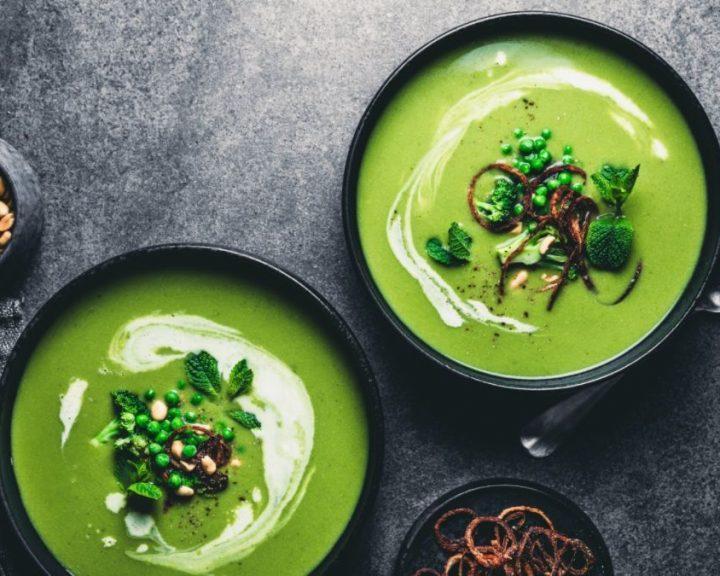 Σούπα με αρακά και κάρδαμο